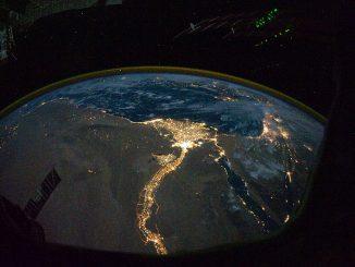 Der Längste Fluss der Welt bei Nacht