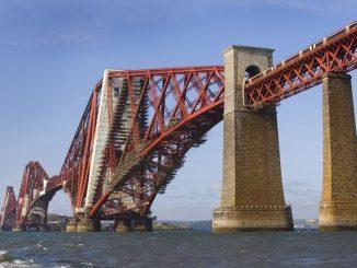 Die Forth Eisenbahn Brücke