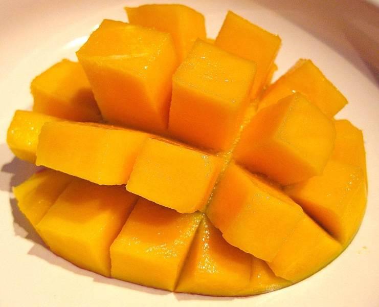 wie gro ist eine mango wie gross wie schwer wie weit wie hoch. Black Bedroom Furniture Sets. Home Design Ideas