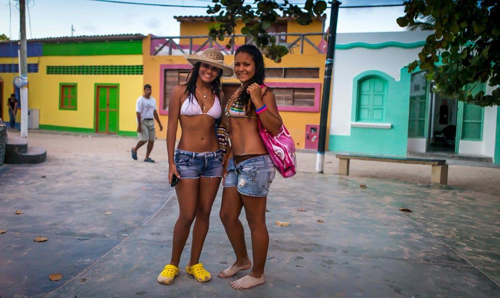 Малолетние проститутки колумбии проститутка дагестан