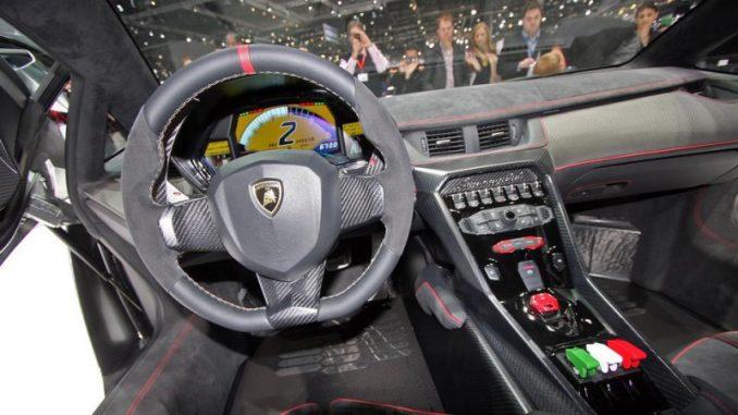 Cockpit des Lamborghini Veneno