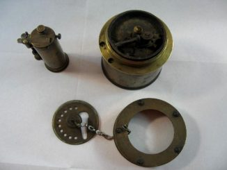 Ein altes Döbereiner-Feuerzeug