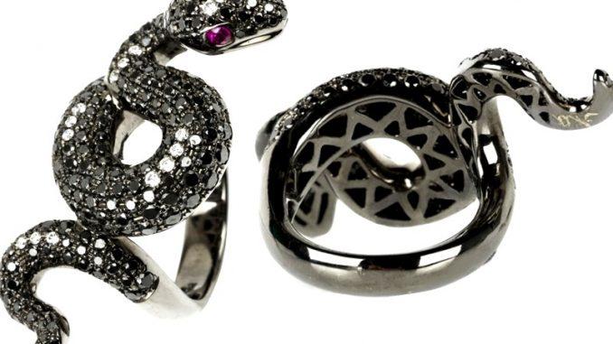 Weißgold Ring mit Schwarzem Rhodium veredelt