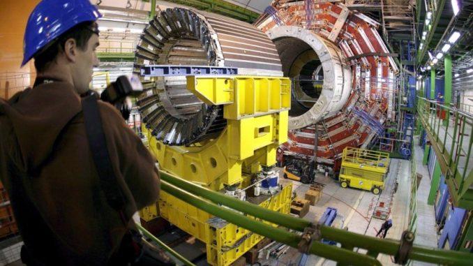 lichtgeschwindigkeit im Teilchenbeschleuniger