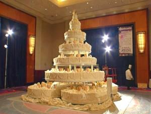 Die größte Hochzeitstorte