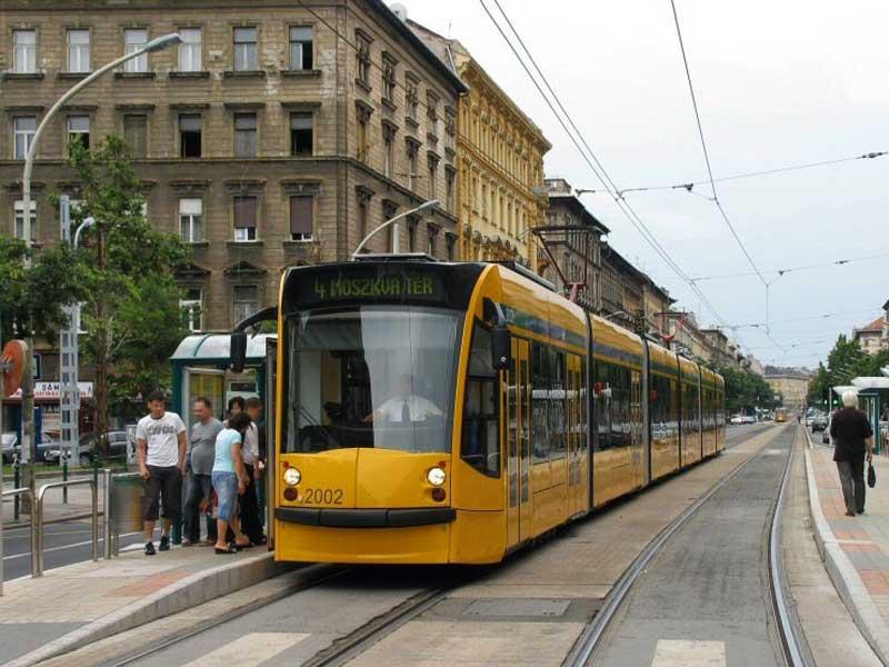 Die Längste Straßenbahn der Welt