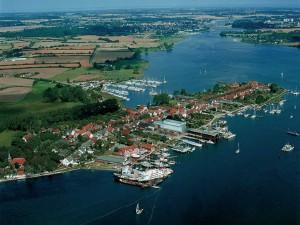 Arnis - Die kleinste Stadt Deutschlands aus der Luft